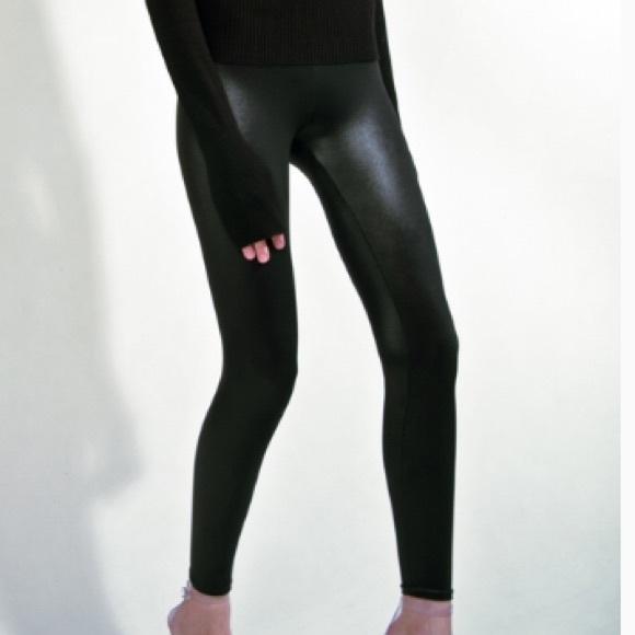 78d1fc4412a4a3 American Apparel Pants - American Apparel Wet Look Leggings